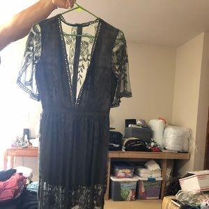 Long Lace dress - low cut